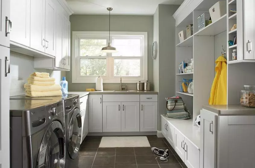 Grey –Mud Laundry Room Design