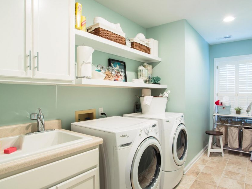 Laundry Room infused with Blue-Green Hues