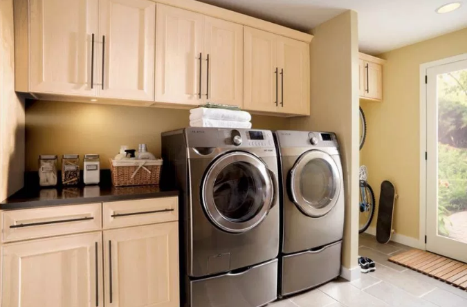 Sand Themed Décor for Laundry room
