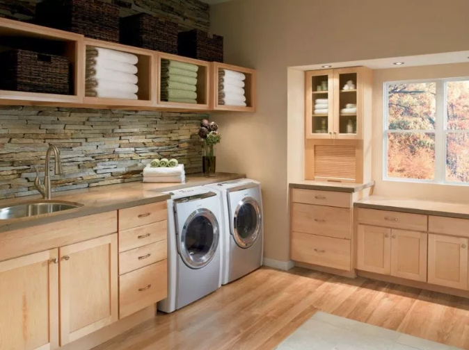 Textured Laundry Room Design