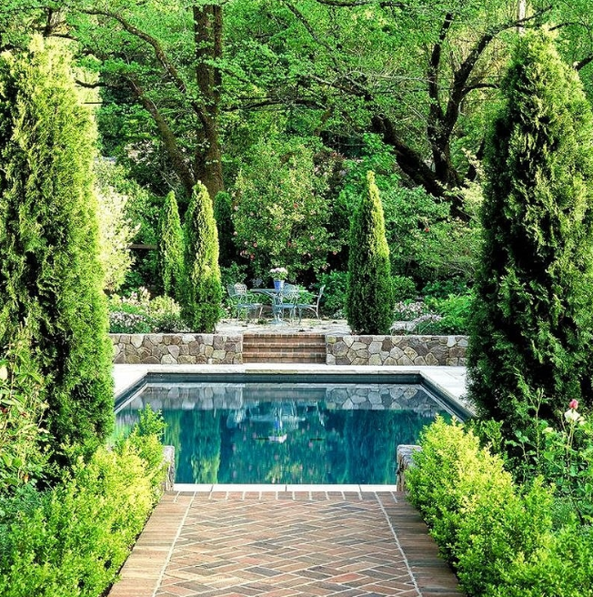 A great Small Inground Pool for your garden