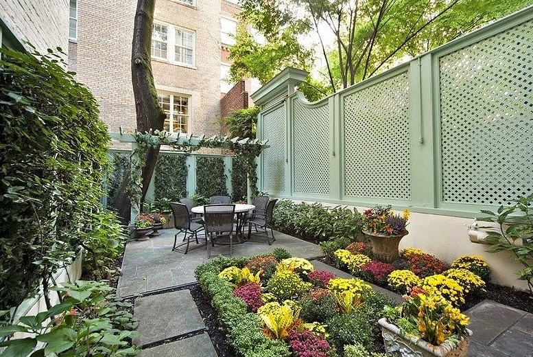 Decoration Ideas For Patio Fence